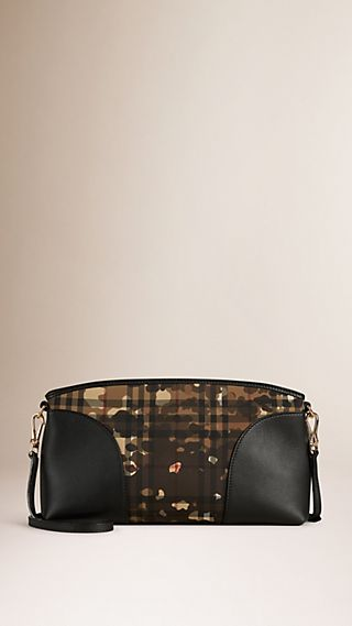 Clutch avec motif Horseferry check camouflage et bordure en cuir