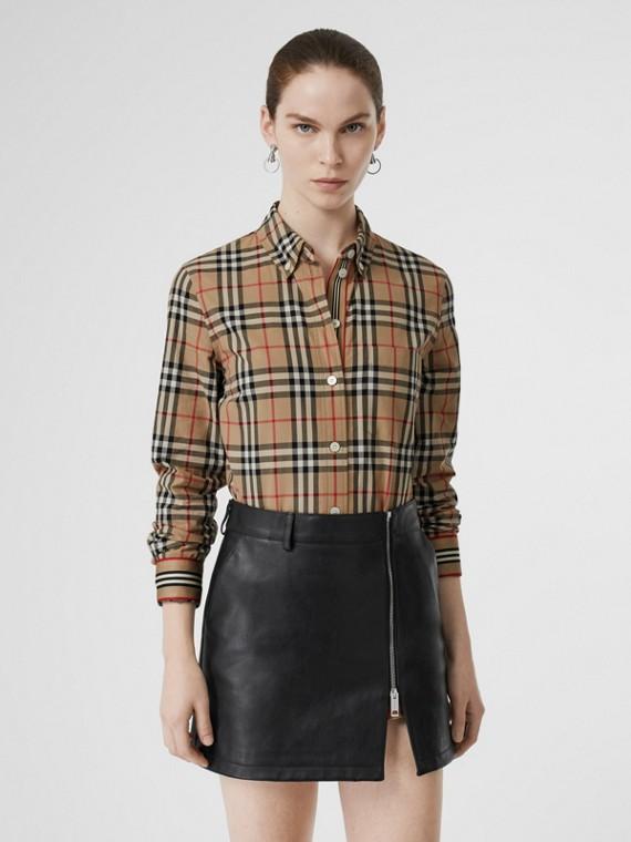 Camicia in cotone con Vintage check e dettagli con iconico motivo a righe (Beige Archivio)
