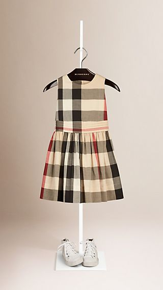 Robe en coton check sans manches