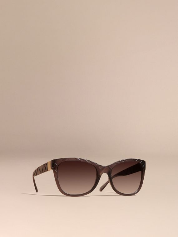 3D Check Square Frame Sunglasses Black