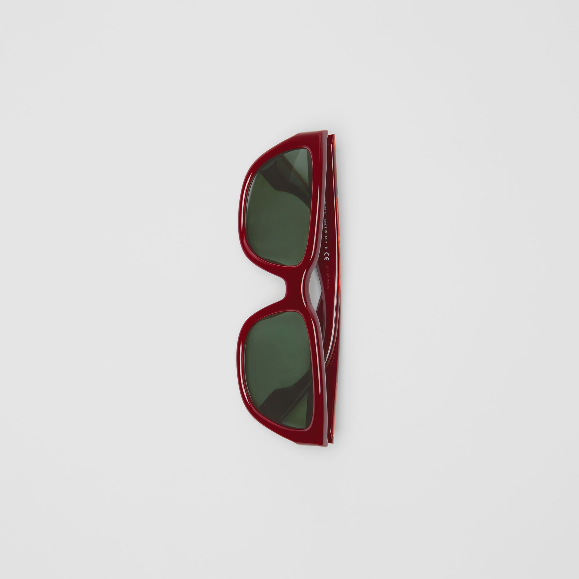 Square Frame Sunglasses in Burgundy - Women | Burberry Hong Kong - gallery image 3