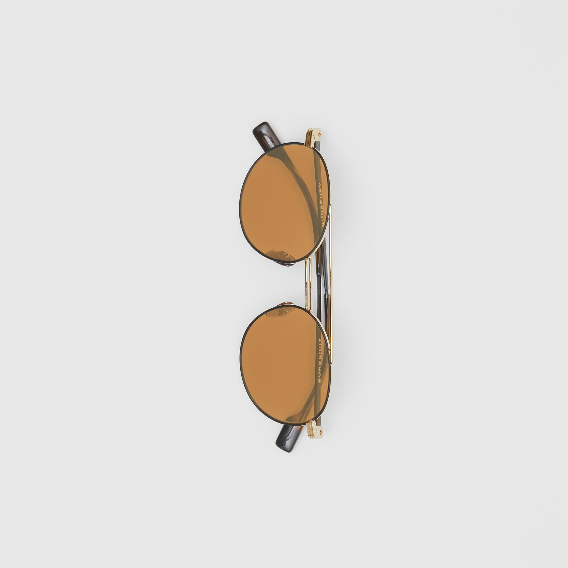 Top Bar Detail Round Frame Sunglasses in Tortoiseshell - Men | Burberry United Kingdom - gallery image 3
