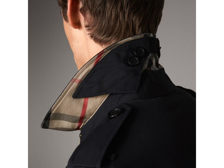 The Chelsea – Short Heritage Trench Coat in Navy - Men | Burberry - cell image 4