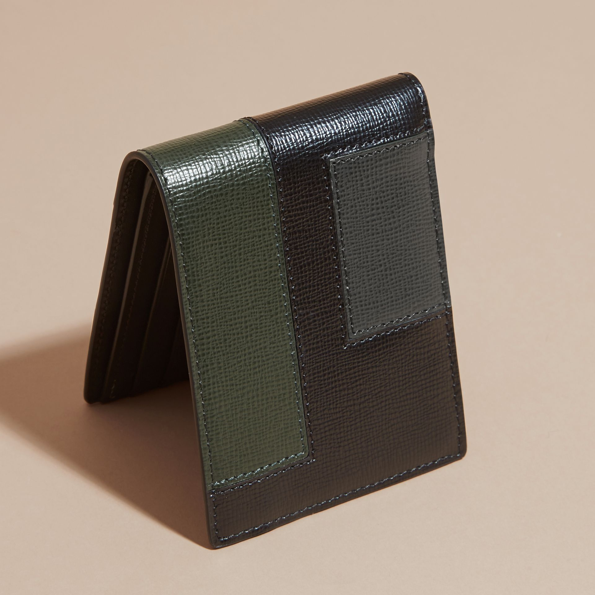 Black Colour Block London Leather Folding Wallet Black - gallery image 4