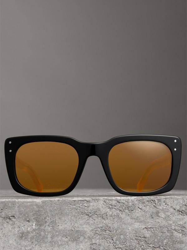 Square Frame Sunglasses in Black - Women | Burberry United Kingdom - cell image 2