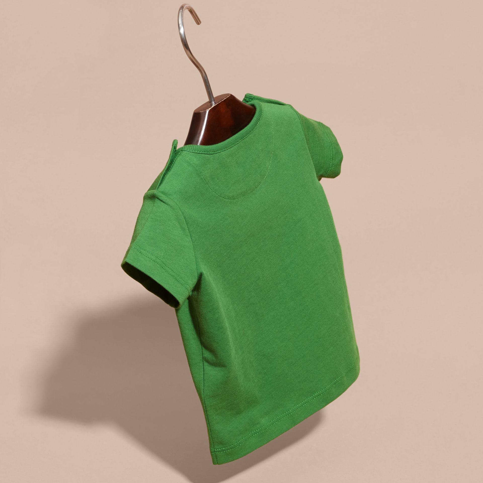 Verde felce brillante T-shirt girocollo in cotone Verde Felce Brillante - immagine della galleria 4
