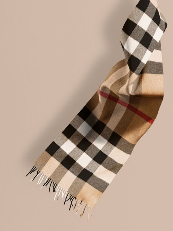 The Large Classic Cashmere Scarf in Check in Camel | Burberry