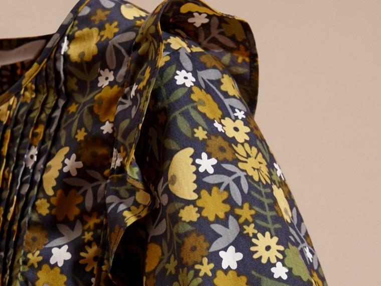 淡灰茶晶色 褶飾細節花朵印花棉質襯衫 淡灰茶晶色 - cell image 1