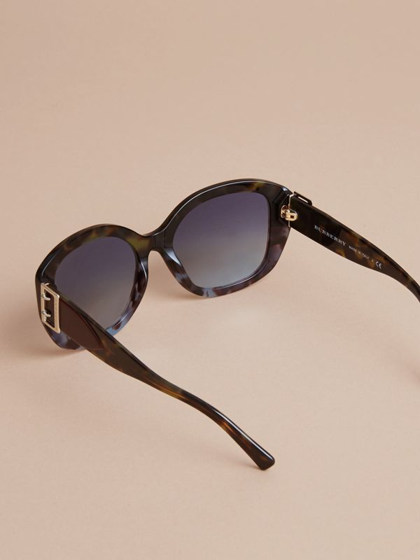 Buckle Detail Oversize Square Frame Sunglasses in Apple Green - Women | Burberry Singapore - cell image 3