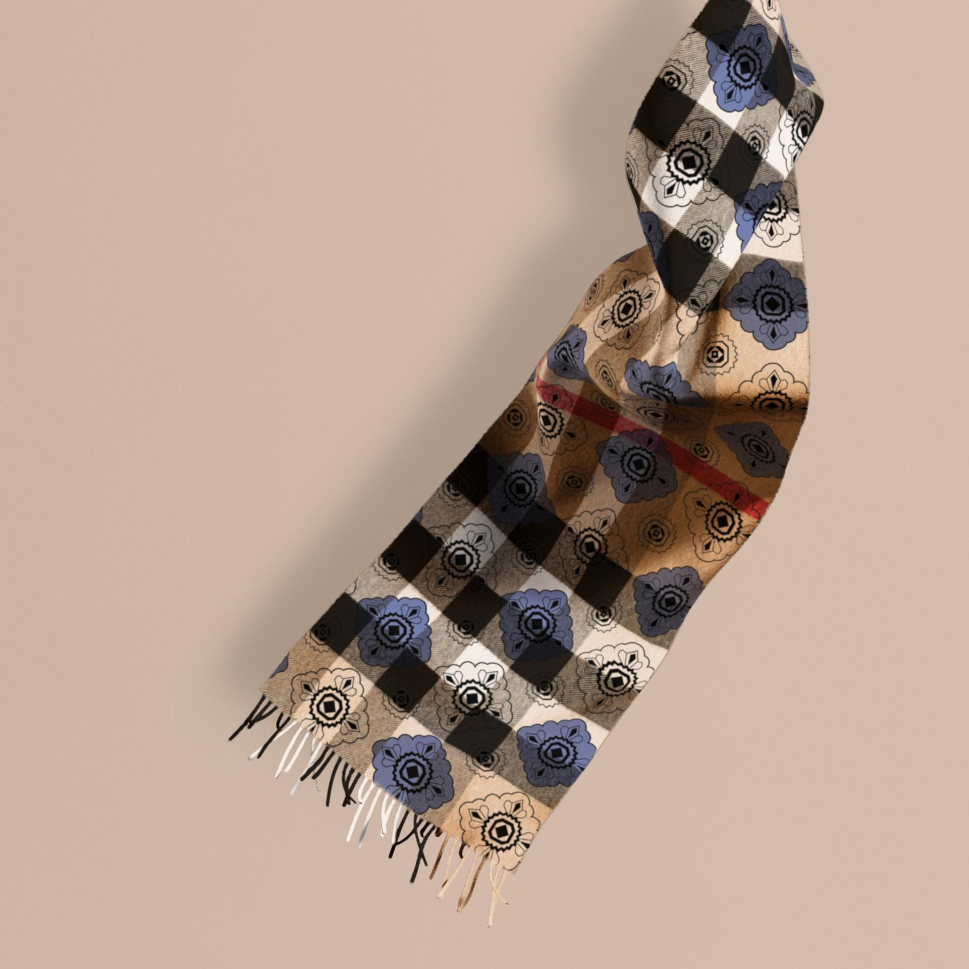 Bleu acier Écharpe réversible en cachemire à motif check et imprimé mosaïque géométrique - photo de la galerie 1