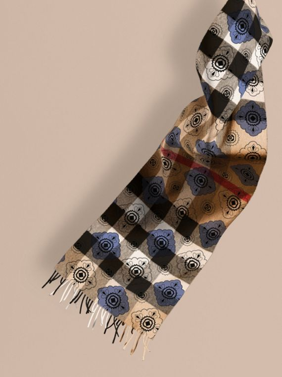 Reversible Geometric Tile Print and Check Cashmere Scarf