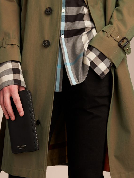 Trench Leather Ziparound Wallet in Black - Men | Burberry - cell image 2