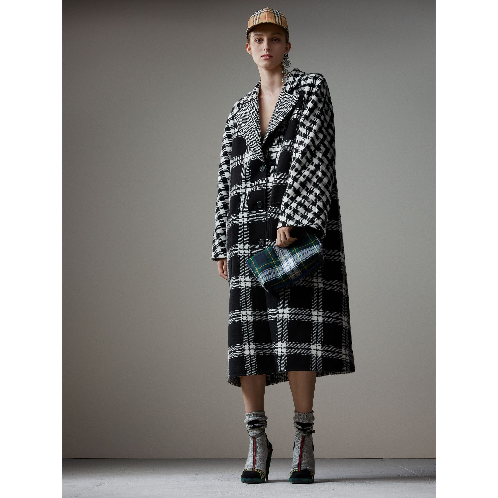Reversible Multi-check Wool Cashmere Coat in Black/white - Women | Burberry Singapore - gallery image 1