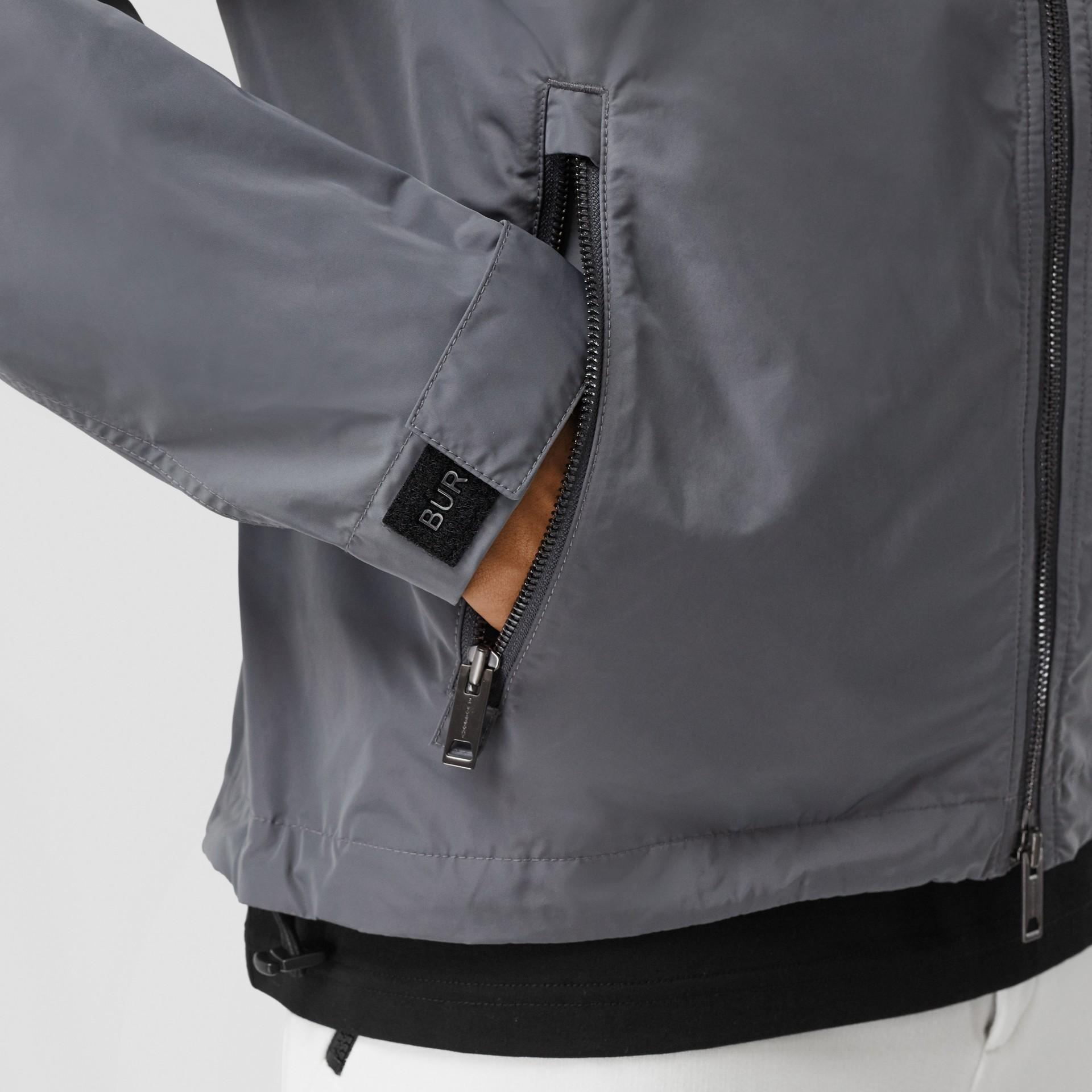 Packaway Hood Shape-memory Taffeta Jacket in Steel Grey - Men | Burberry Australia - gallery image 5