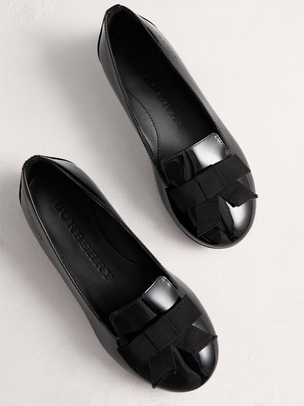 Bow Detail Patent Leather Ballerinas in Black | Burberry Singapore - cell image 3