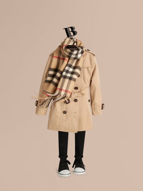 Camel check The Mini Classic Cashmere Scarf in Check Camel - cell image 2