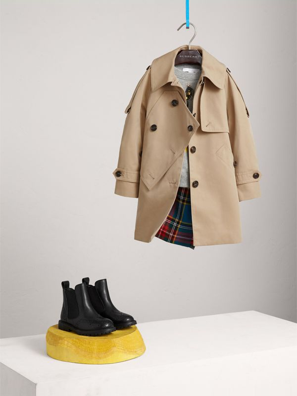 Panel Detail Cotton Gabardine Trench Coat in Honey | Burberry - cell image 2
