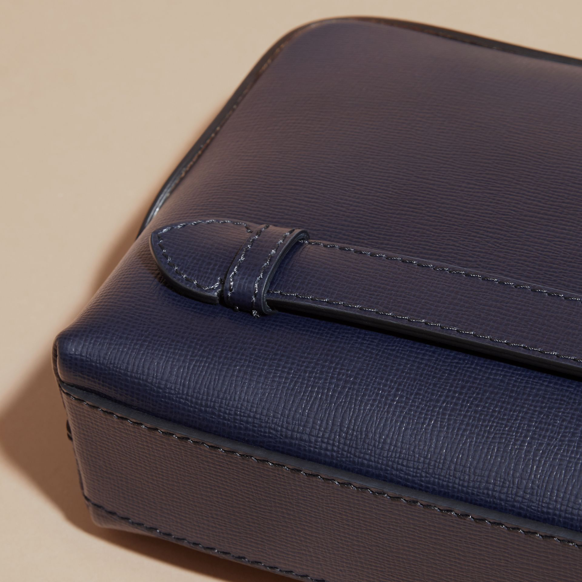 London Leather Pouch in Dark Navy - gallery image 2