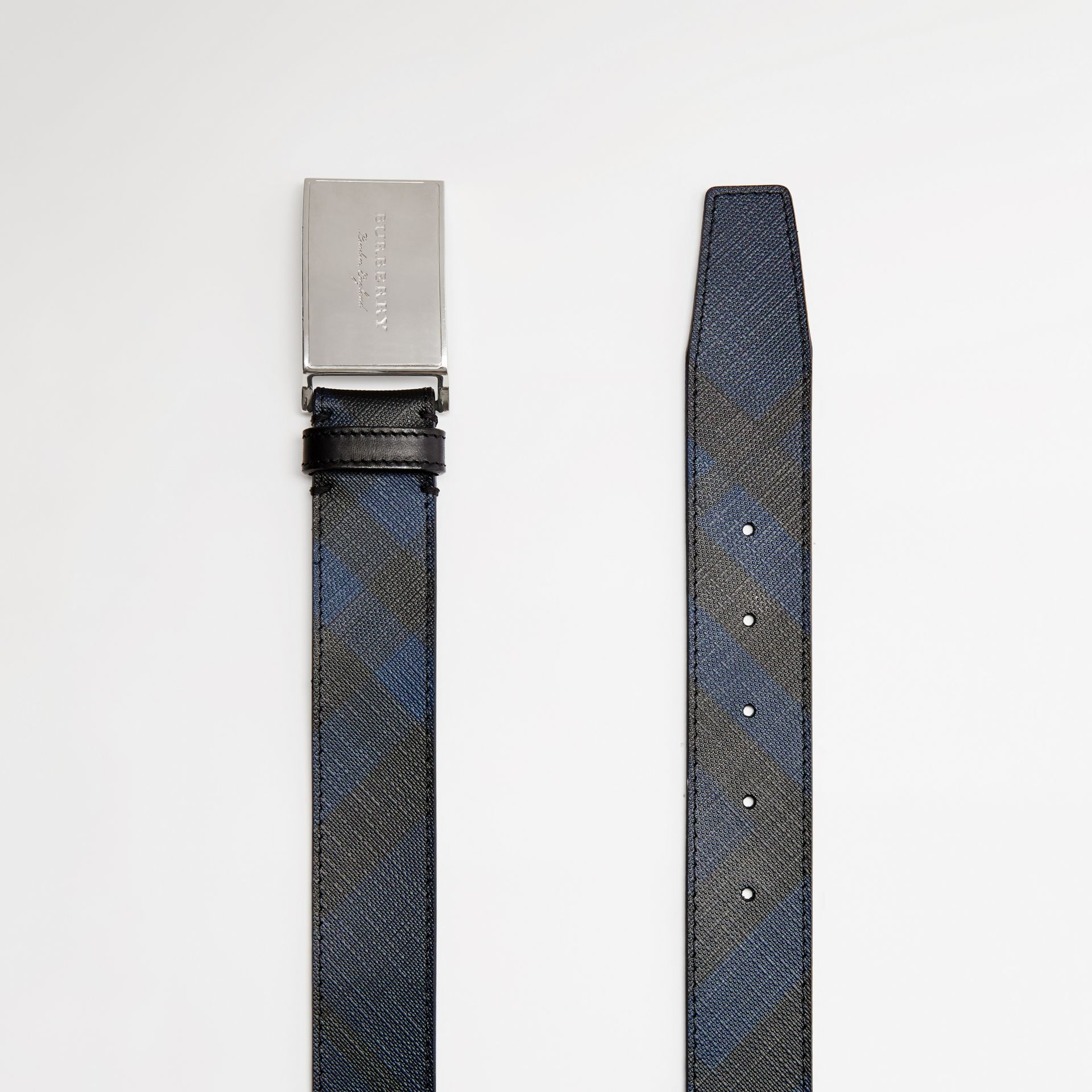 Plaque Buckle London Check and Leather Belt in Navy/black - Men | Burberry - gallery image 5