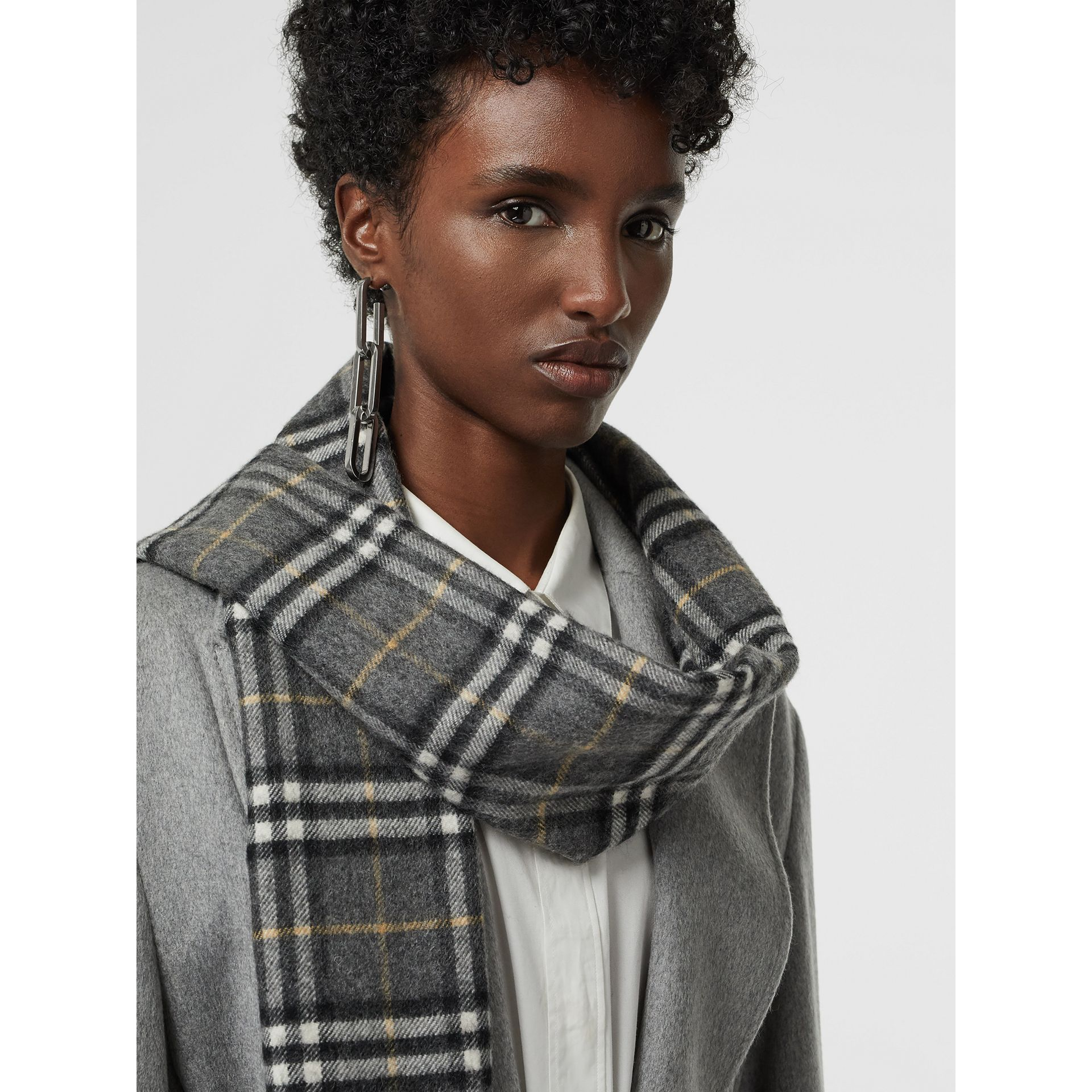 The Classic Vintage Check Cashmere Scarf in Pewter Grey | Burberry Australia - gallery image 5