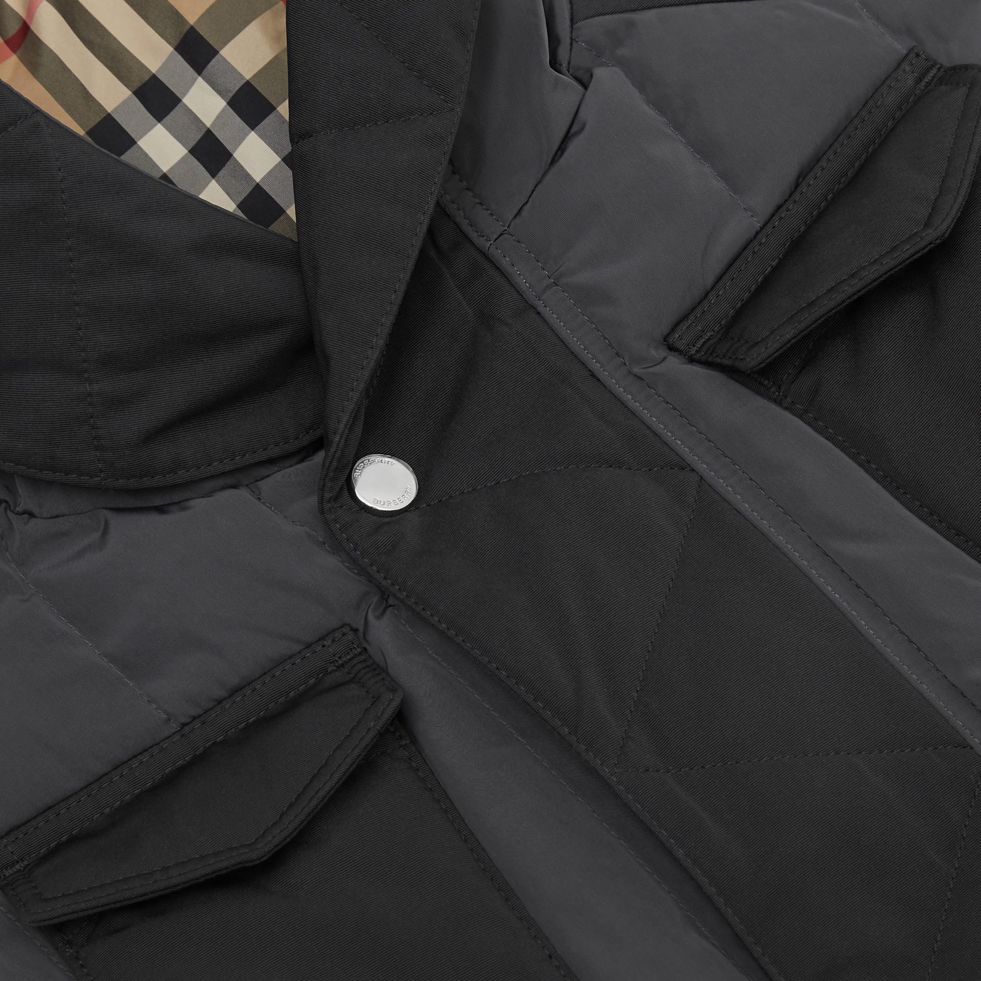 Дутый жилет с капюшоном (Темный Древесный Уголь) | Burberry - изображение 1