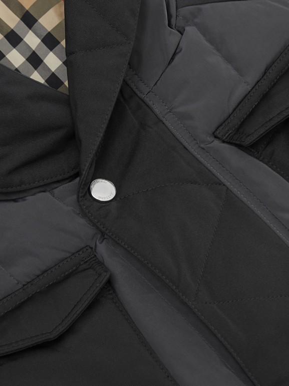 Дутый жилет с капюшоном (Темный Древесный Уголь) | Burberry - cell image 1