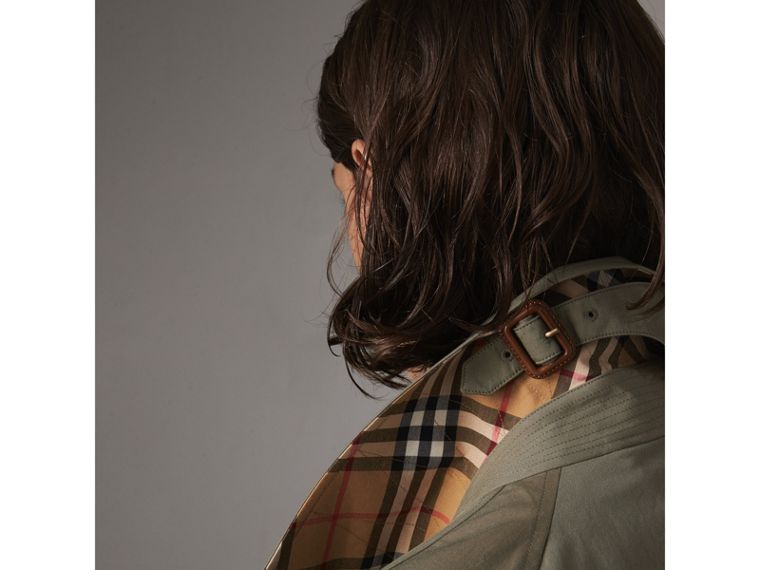 The Brighton – Car Coat extralongo (Verde Giz) - Mulheres | Burberry - cell image 1
