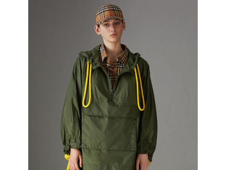 Oversized Nylon Cagoule in Light Olive - Women | Burberry - cell image 4