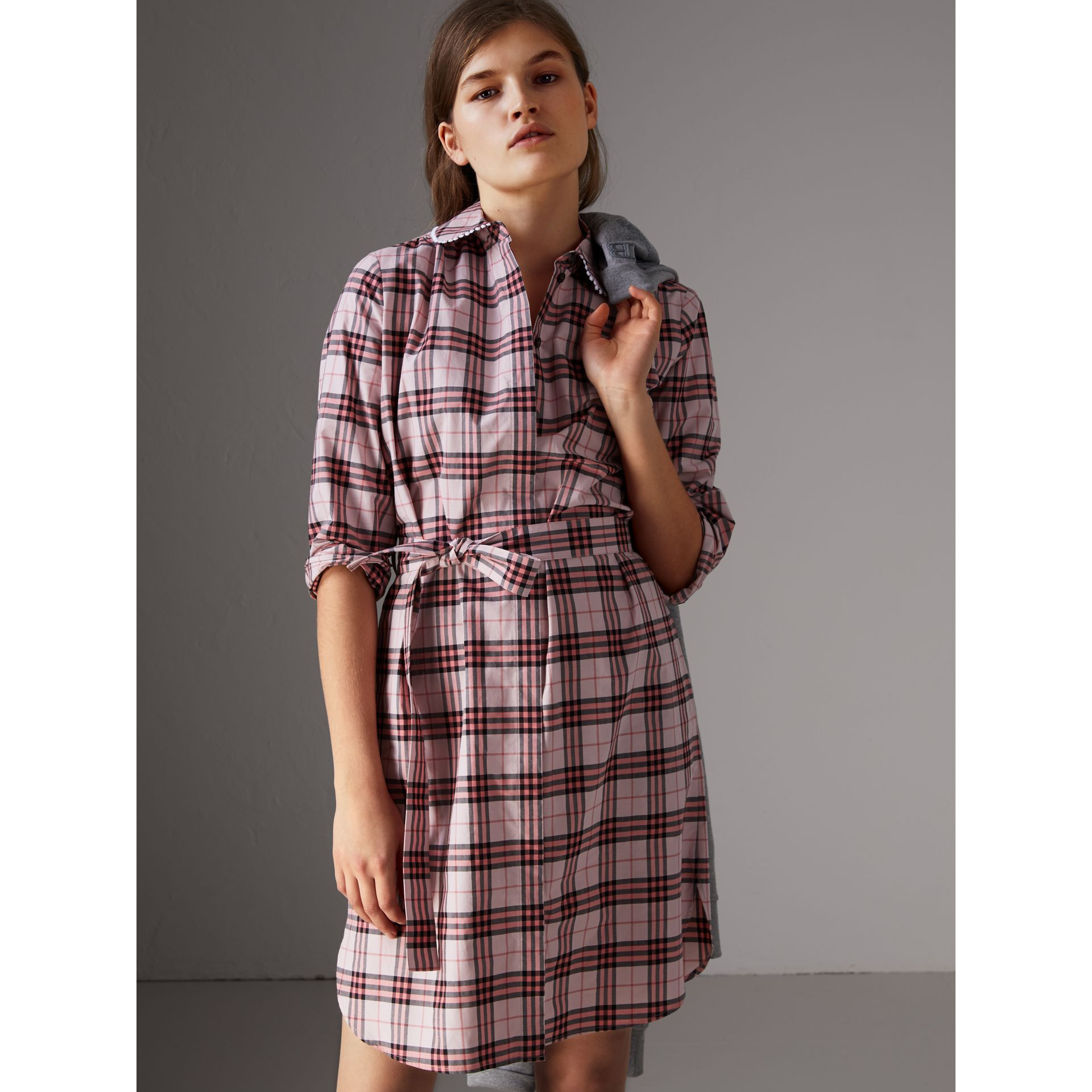 Lace Trim Collar Check Cotton Shirt Dress in Pink Azalea - Women | Burberry - gallery image 4
