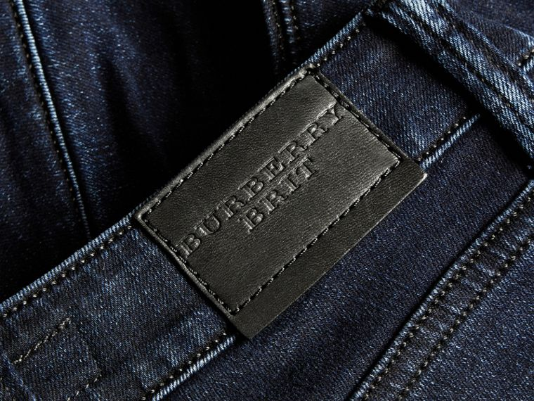 Jeans attillati in denim stretch ultraresistente - cell image 1