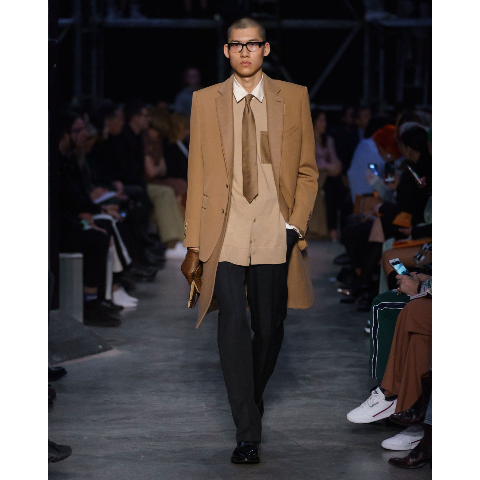 Classic Fit Panelled Silk and Merino Wool Shirt in Warm Camel - Men | Burberry Hong Kong S.A.R - gallery image 5