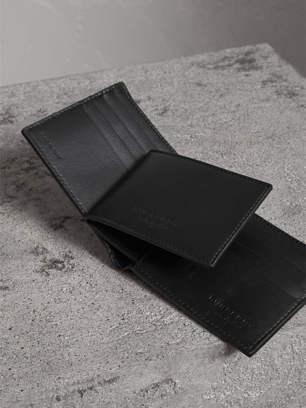 Trench Leather Bifold Wallet with Removable Card Case in Black - Men | Burberry - cell image 3