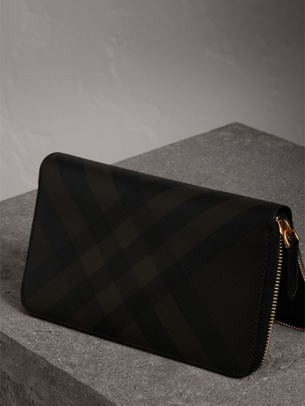 London Check Ziparound Wallet in Chocolate/black - Men | Burberry United States - cell image 2