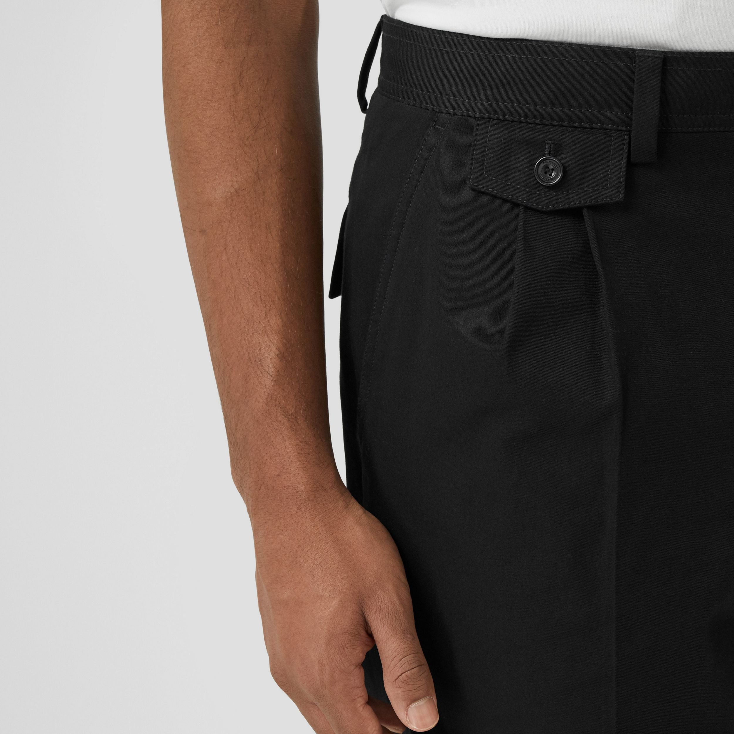 Icon Stripe Detail Cotton Twill Tailored Shorts in Black - Men | Burberry - 2