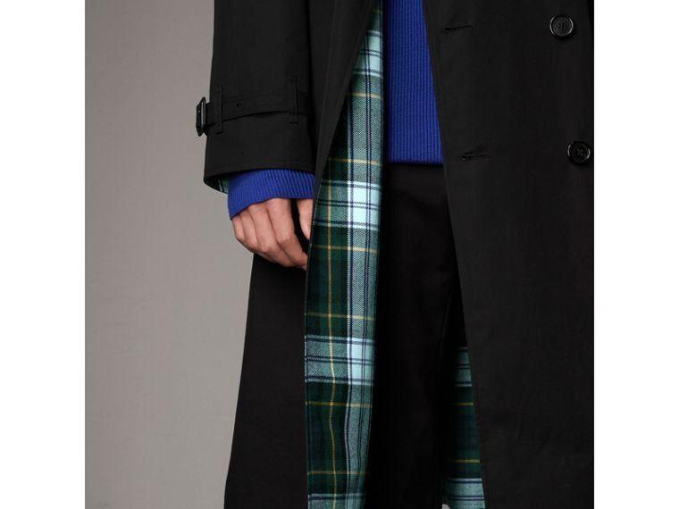 Tartan-lined Cotton Gabardine Trench Coat in Black - Men | Burberry United Kingdom - cell image 1