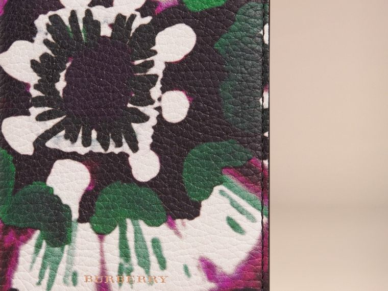 Deep claret Tie-dye Print Grainy Leather Passport Cover - cell image 1