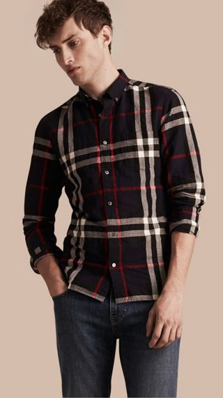 Camicia con colletto button-down in lino e cotone con motivo check