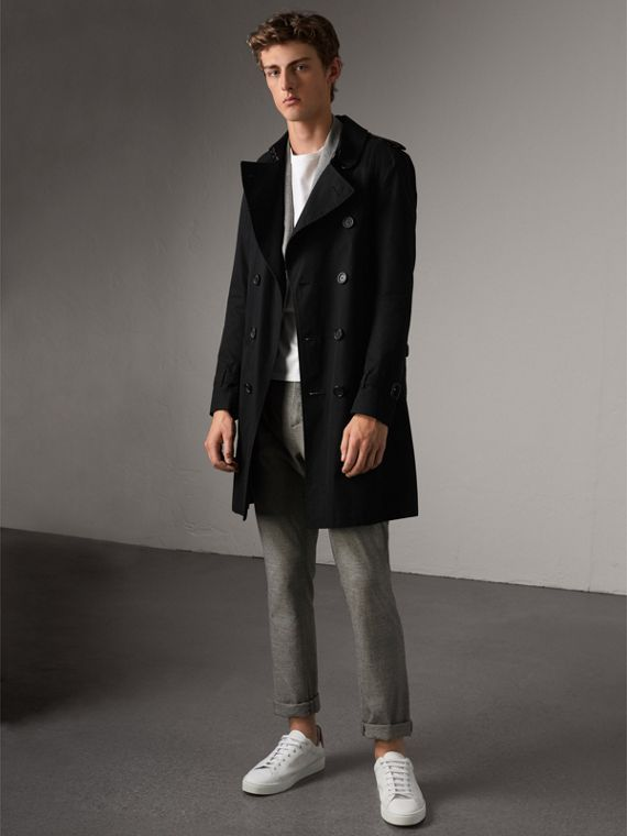 The Sandringham – Long Heritage Trench Coat in Black