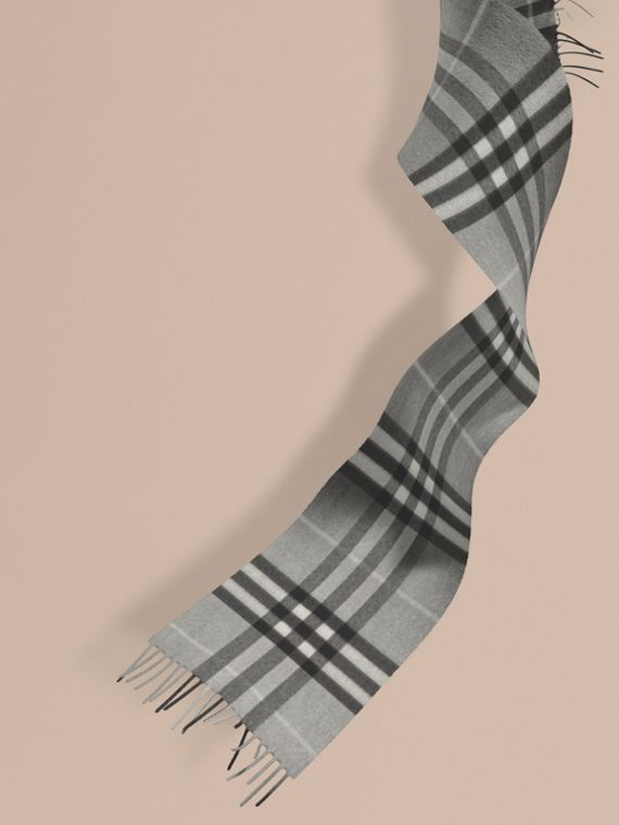 The Mini Classic Check Cashmere Scarf in Pale Grey