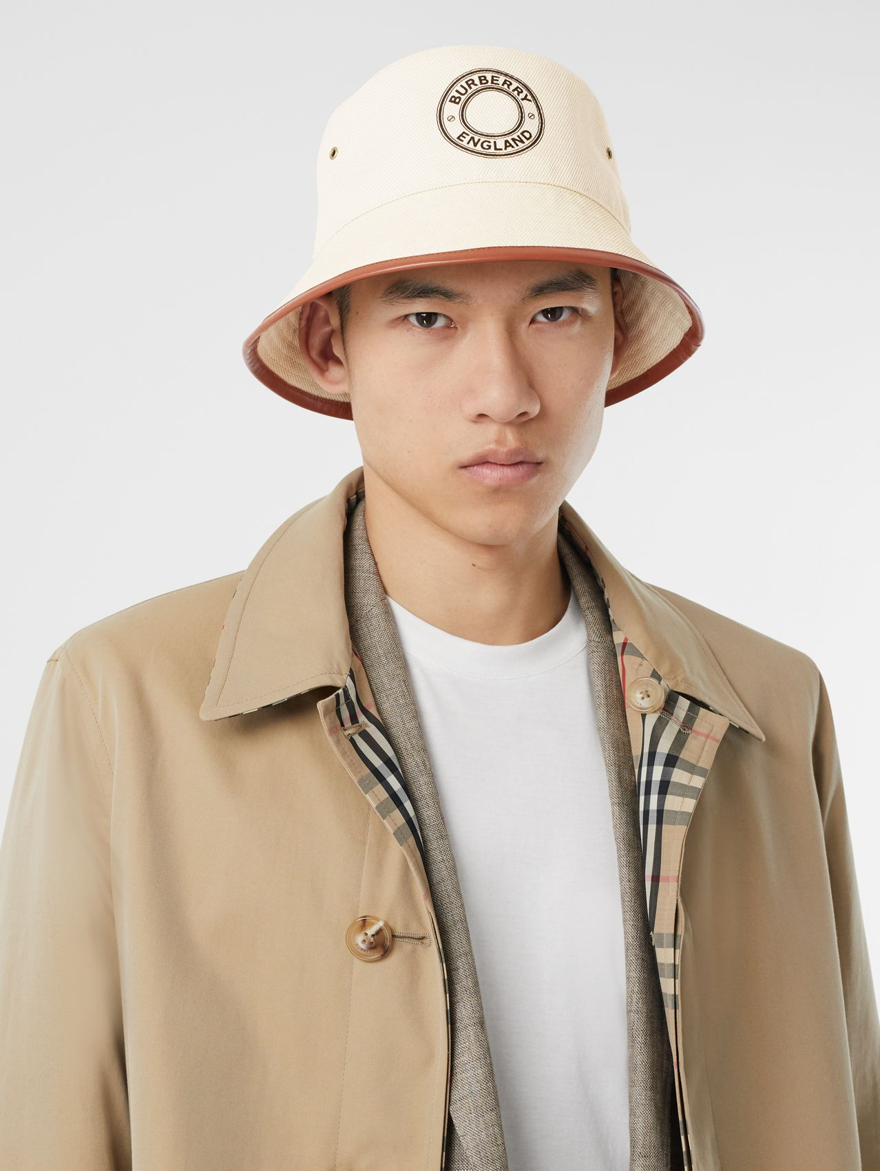 Leather Trim Logo Graphic Canvas Bucket Hat (Beige)