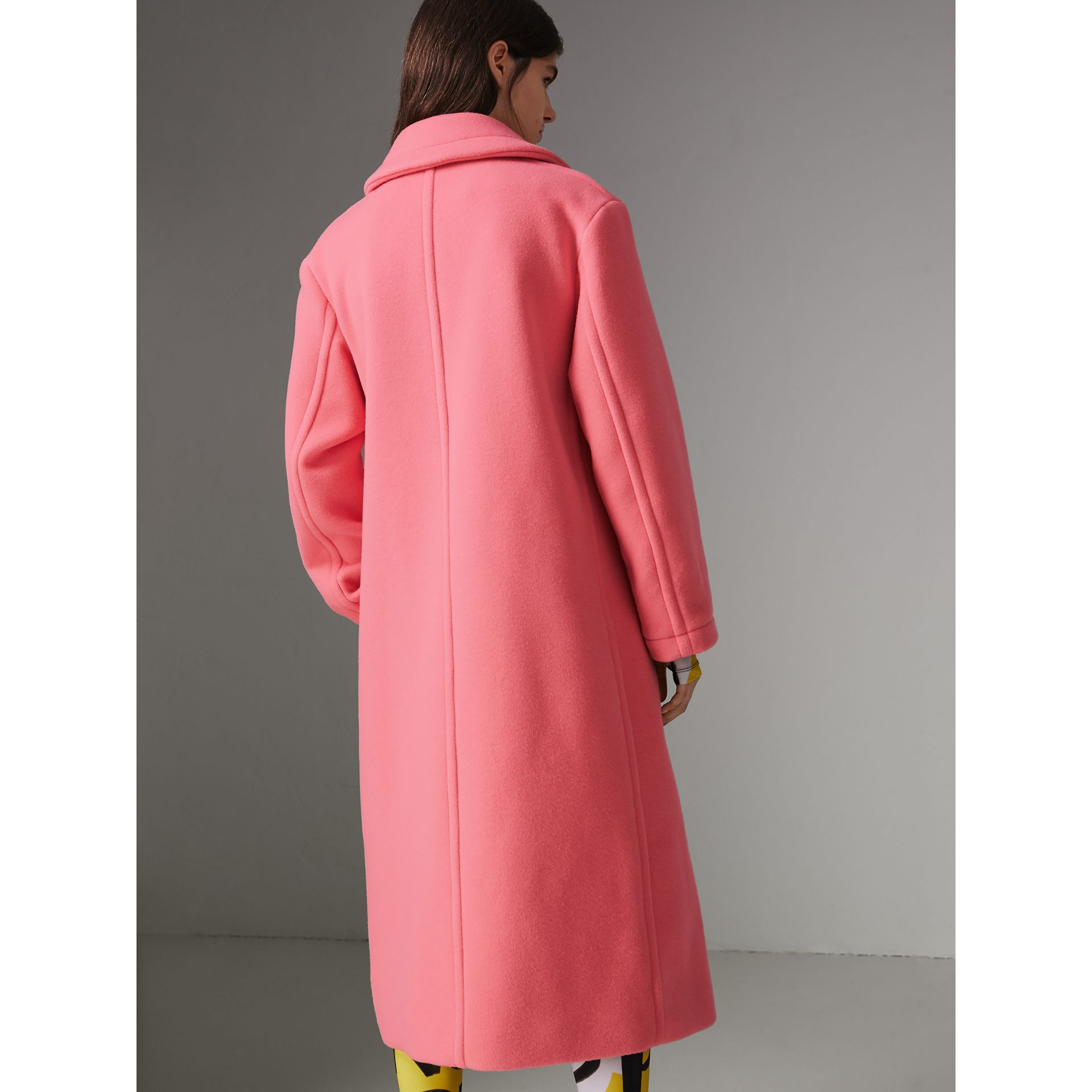 Double-faced Wool Cashmere Oversized Coat in Bright Coral Pink | Burberry - gallery image 2