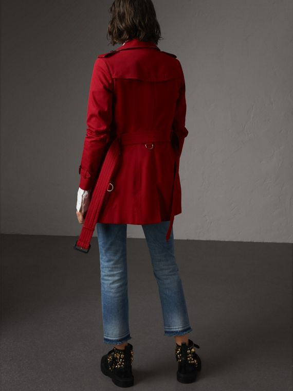 The Chelsea – Short Trench Coat in Parade Red - Women | Burberry Australia - cell image 2