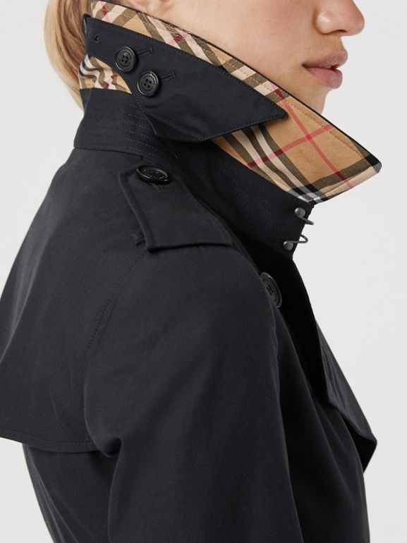 The Long Chelsea Heritage Trench Coat in Midnight - Women | Burberry - cell image 1