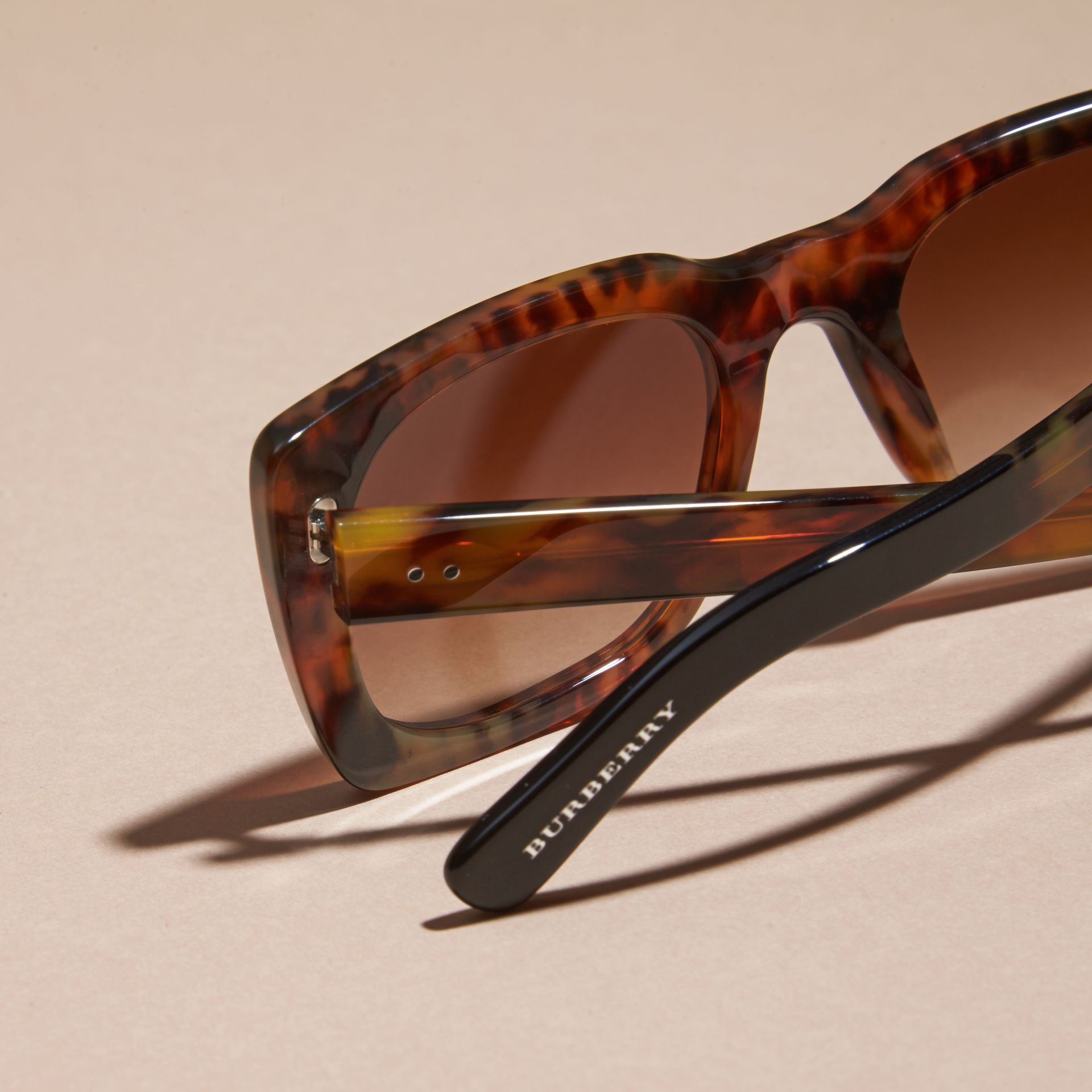 Tortoise shell Square Frame Sunglasses Tortoise Shell - gallery image 2