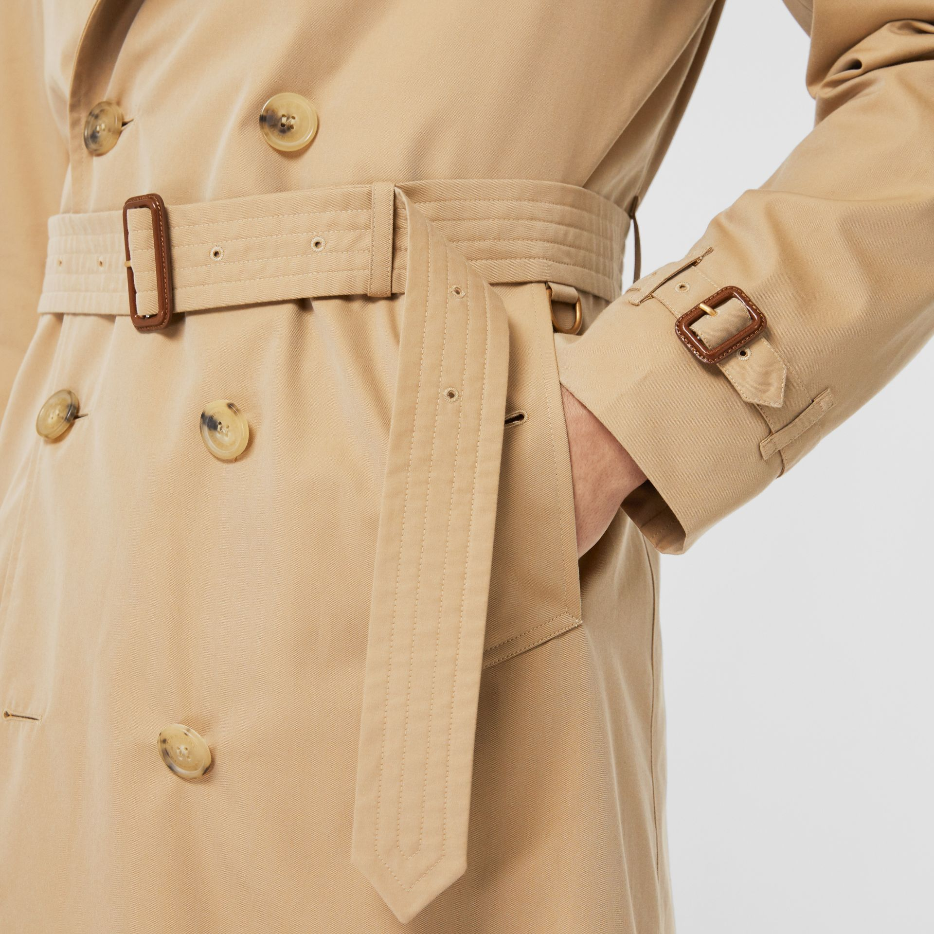 The Long Kensington Heritage Trench Coat in Honey - Men | Burberry - gallery image 5