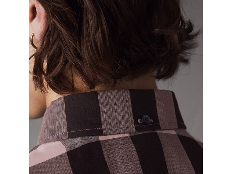Button-down Collar Short-sleeve Check Cotton Shirt in Antique Rose - Men | Burberry - cell image 4