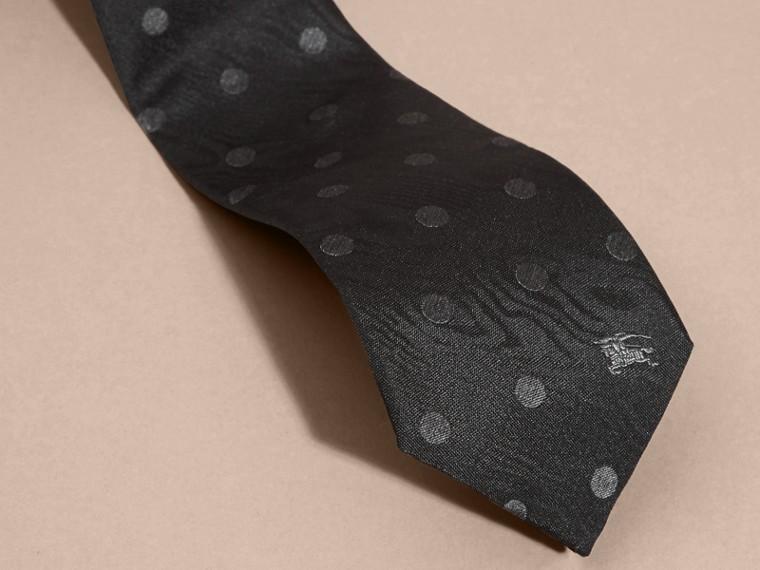 Noir Cravate moderne en soie à pois Noir - cell image 1