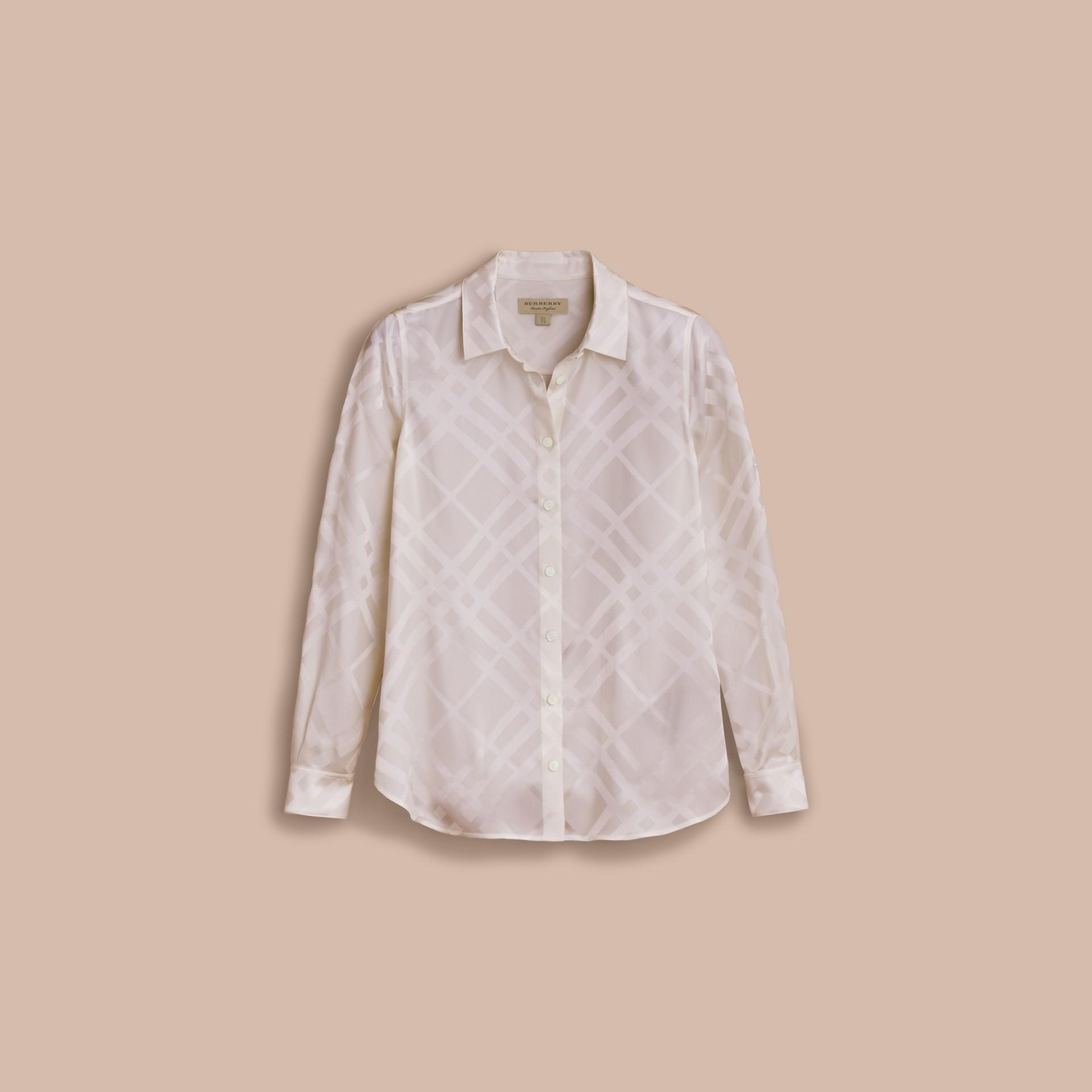 Camisa de seda com estampa xadrez em cor tonal (Branco) - Mulheres | Burberry - galeria de imagens 4