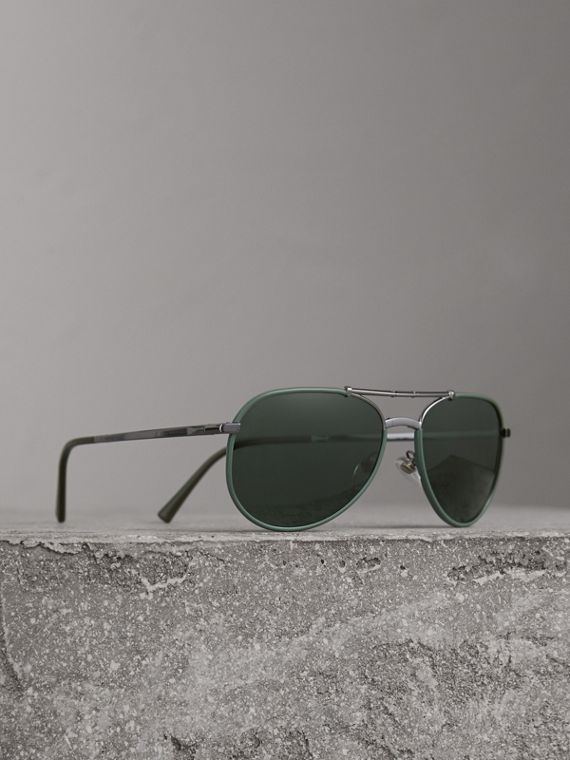 Folding Pilot Sunglasses in Dark Olive