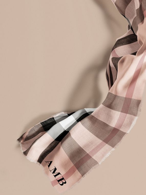 The Lightweight Cashmere Scarf in Check Rose